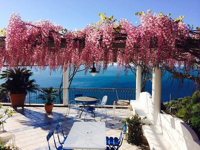 B&B I limoni: a paradise in Amalfi