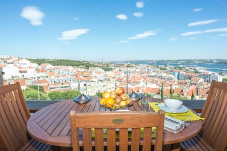Amazing view apartment with Parking - Algés