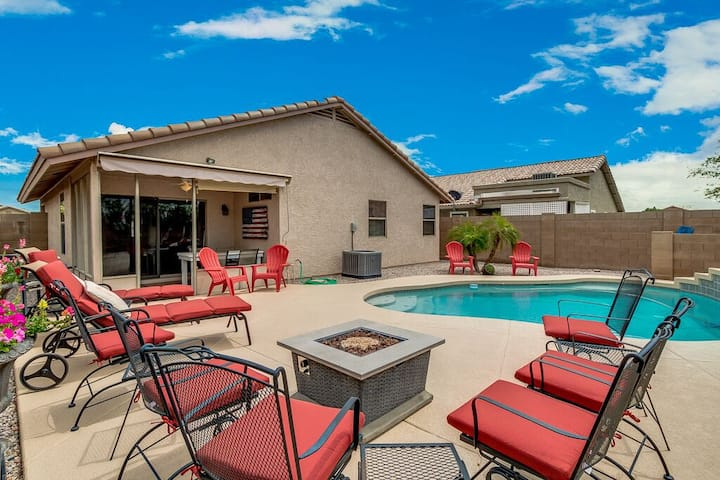 Private Heated Swimming Pool in Apache Junction