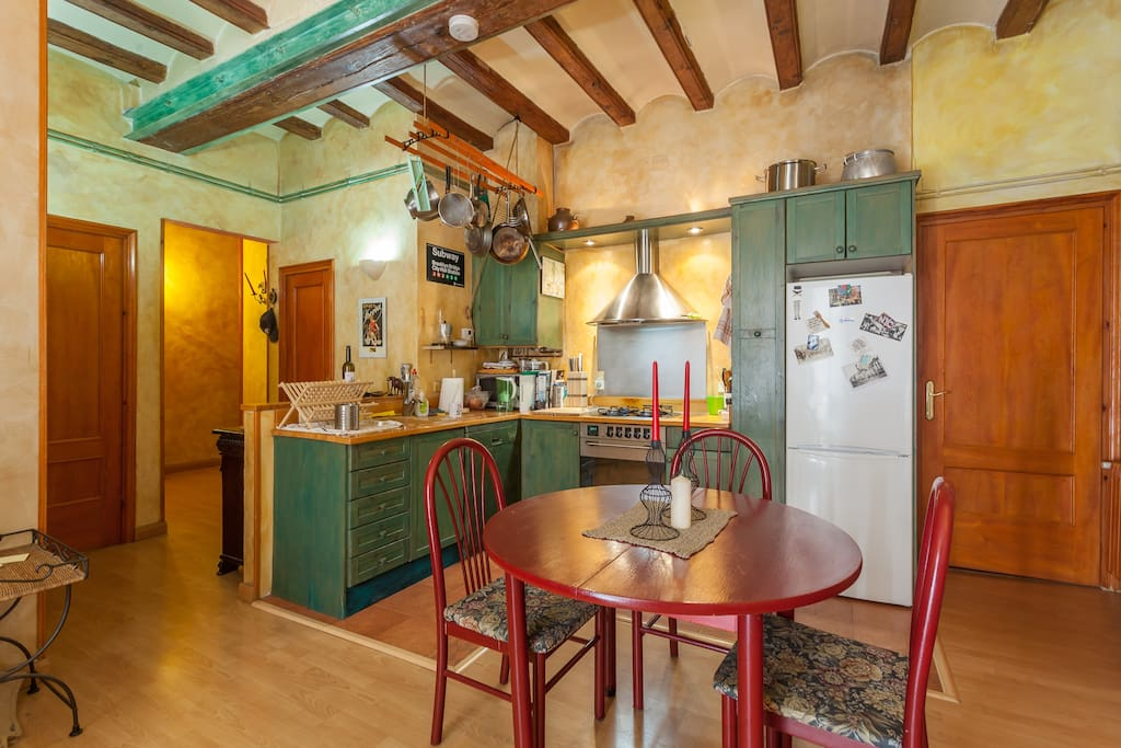 Spacious loft in born loft in affitto a barcellona for Stanza in affitto barcellona