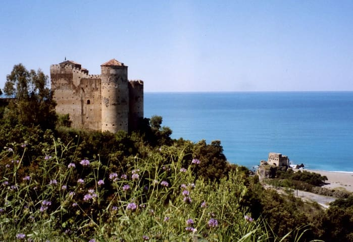 CASTELLO DI PRAJA DOUBLE GELSOMINO - Praia A Mare - Bed & Breakfast