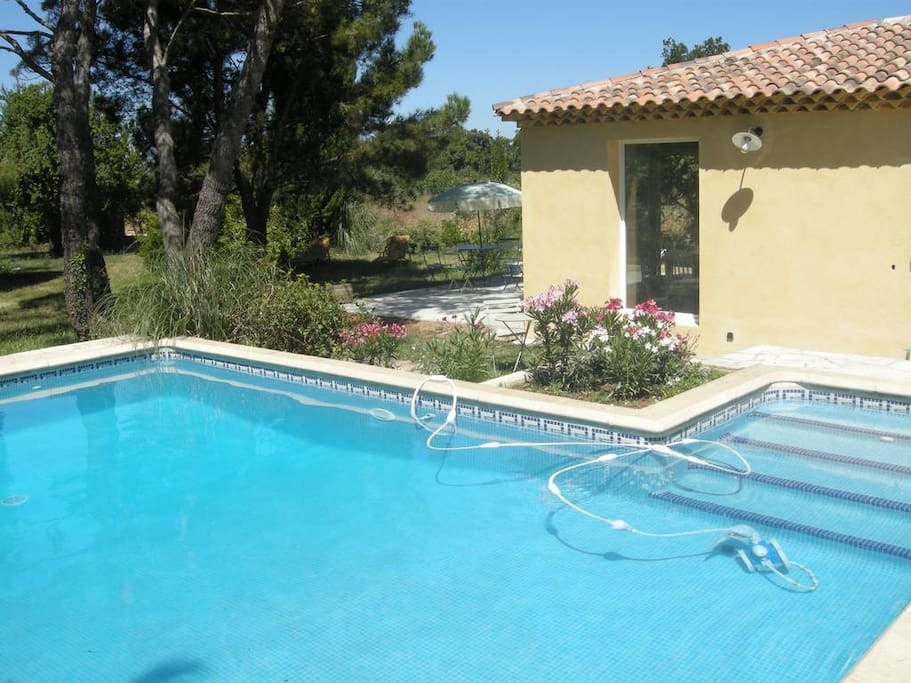 Villa dans verdure 3 km du cv maisons louer aix en for Aix en provence location maison