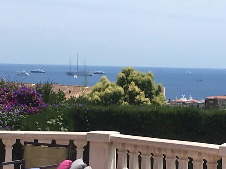 Studio - sea view, quiet and comfortable - parking