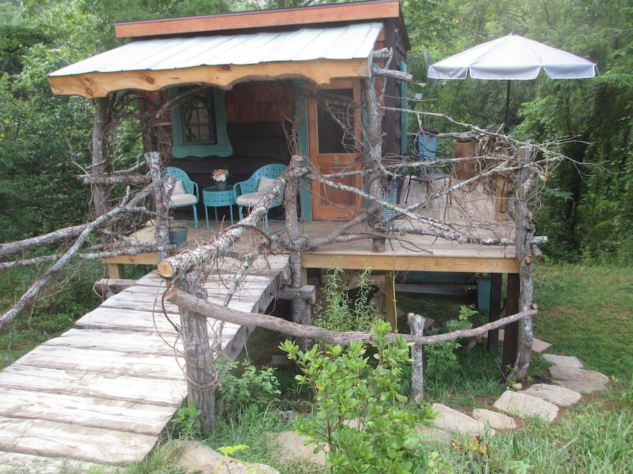Fairy Tale Treehouse Cottage Glamping Boomhutten Te Huur
