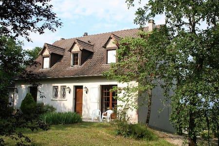 Maison de campagne piscine chauffée - Zomerhuis/Cottage