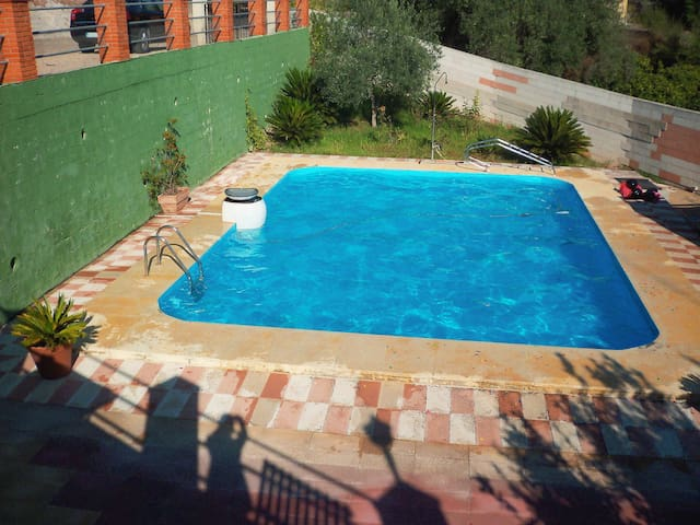 Chalet completo con piscina