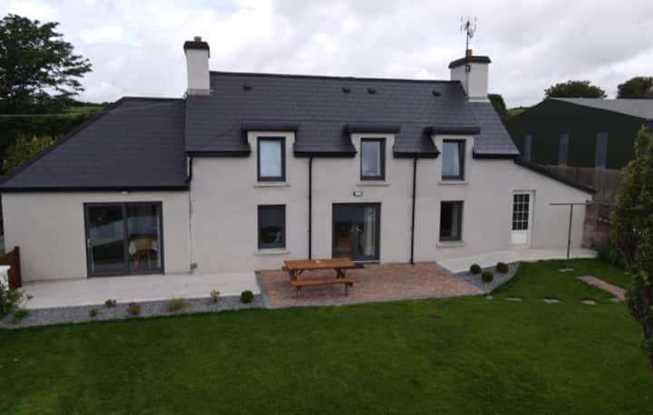 Farm house, ideal for Family Getaway