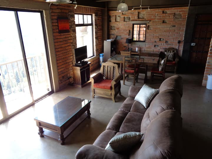 GORGEOUS Spanish Colonial  2-bedroom loft. VIEW!!