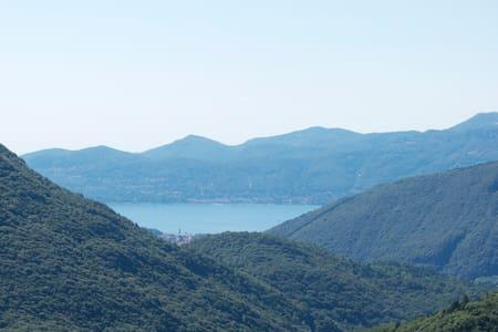 VAL GRANDE /house/Lago Maggiore IT - Intragna - Rumah