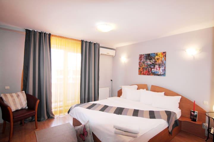 """DOMINO"" two bedroom apartment, great for tourists - București - Leilighet"