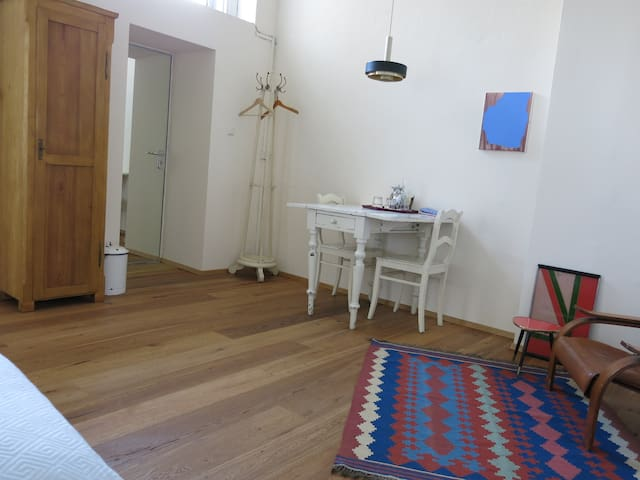 Central located charming appartment