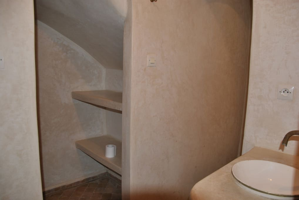 essaouira rez de chauss flats for rent in essaouira marrakesh tensift el haouz morocco. Black Bedroom Furniture Sets. Home Design Ideas