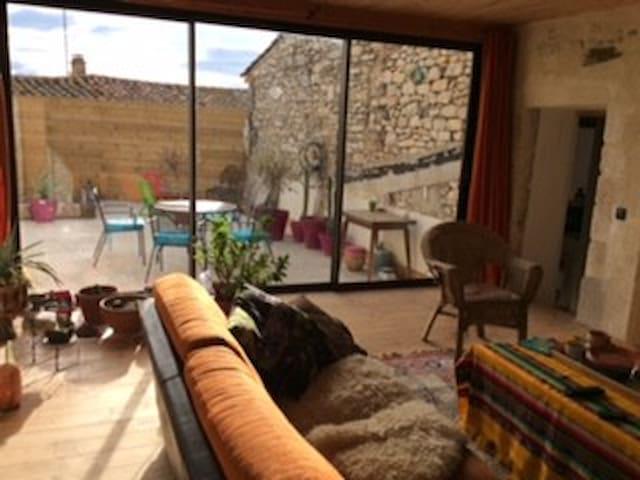 Maison de village T4 belle terrasse - Clarensac - Dom