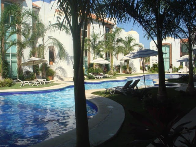 Beautiful Condo in Ixtapa 2BR PB - Zihuatanejo - Daire