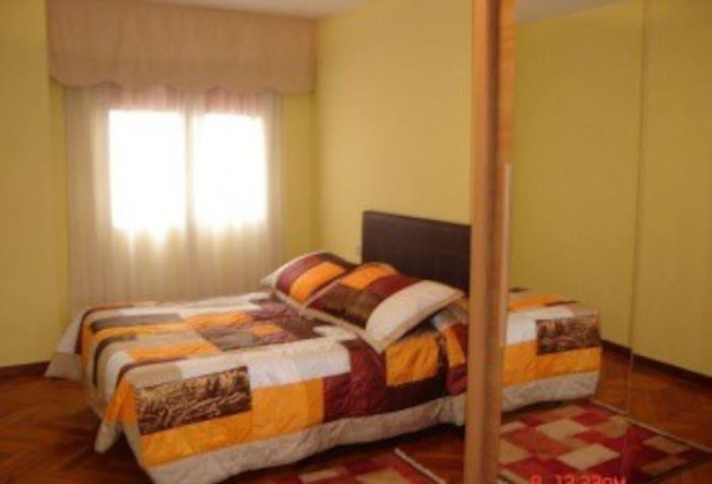 Amplio piso en santiago centro flats for rent in for Piso relax santiago