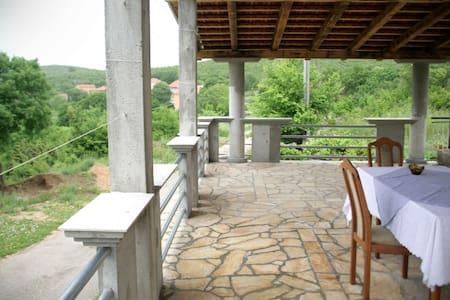 Perfect rural retreat in Krusevo - Obravac