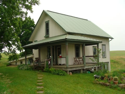 Southwest Wisconsin Country Escape