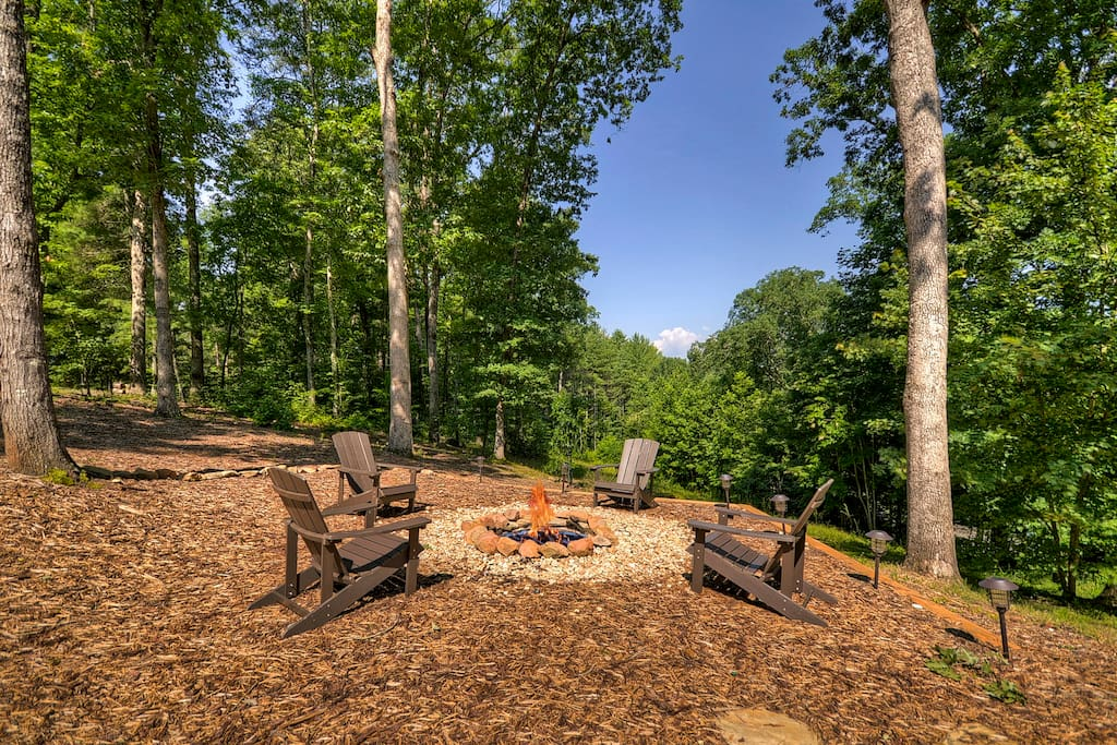 Fire pit with beautiful views
