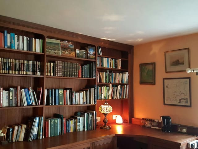 The Library - Devon - Bed & Breakfast