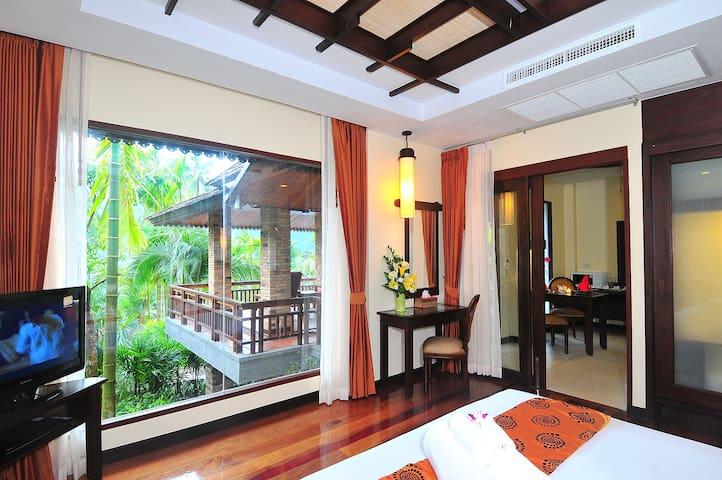 Two Bedroom Villa with Breakfast