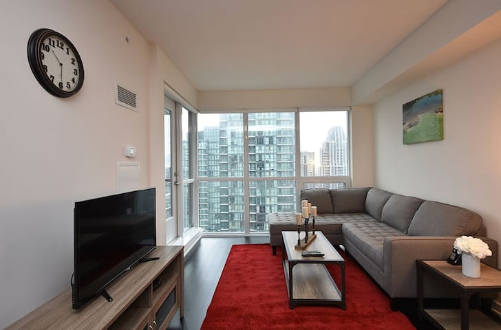 Entire APT-Fully Furnished Jr 2 Bedroom-SquareONE