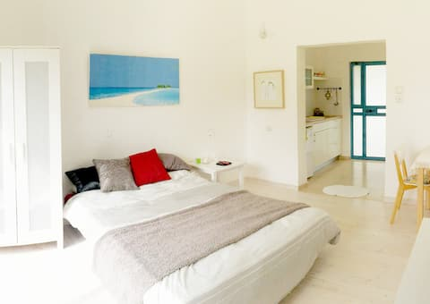 Lovely Studio at Neve Yam Beach