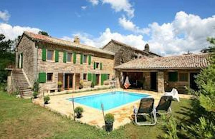 Beautiful villa with swimming pool - Buzet - Casa