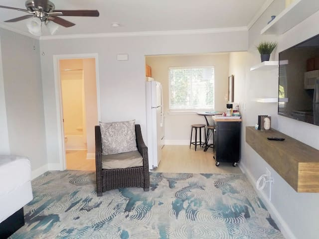 ♥ BeachSide BAQ ♥  Keesler School  Extended stay