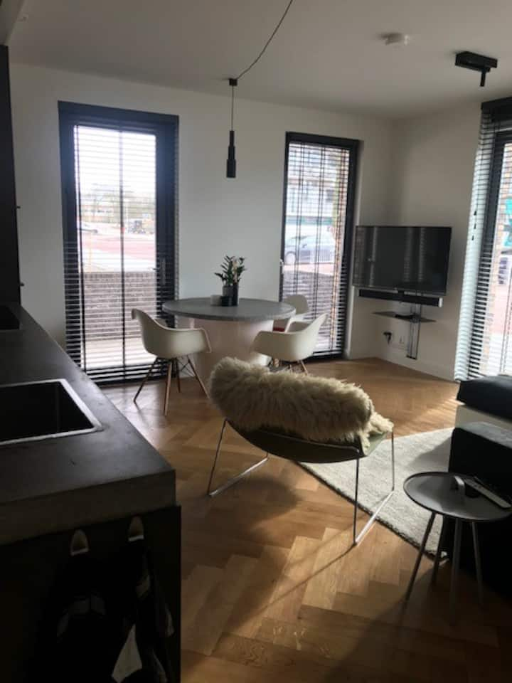 Modern new apartment in beautiful Amsterdam North.