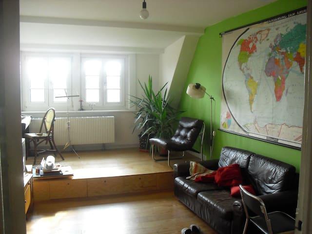 3 Zimmer Wohnung in zentraler Lage  - Hamborg - Lejlighed