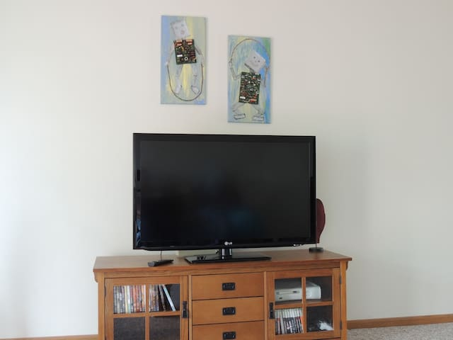 Private room in a condo. - Rockford - Leilighet