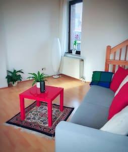 3-floors Mainsonette feeling home comfortable cozy - Düsseldorf