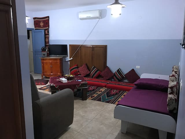 an awesome penthouse, big room and kitchen - Kafr Kanna - House