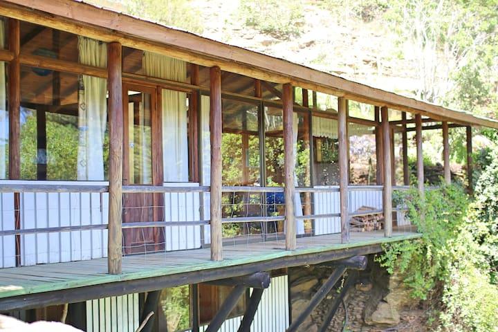 Cascada, Hacienda Laguna Torca, Oro de Torca