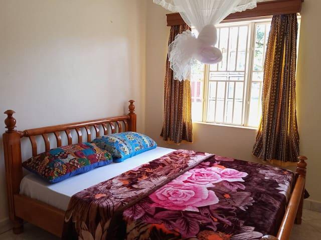 Dormitor: 3