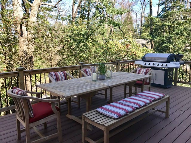 Warm welcoming home with great deck - Crownsville - Haus