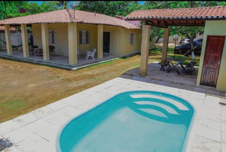 Casa de praia em Paracuru na Av. principal