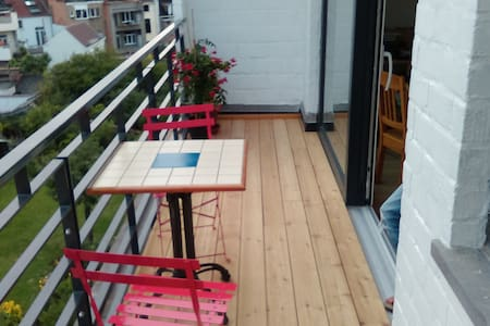 Cosy apartment with terrace - Etterbeek - Apartamento