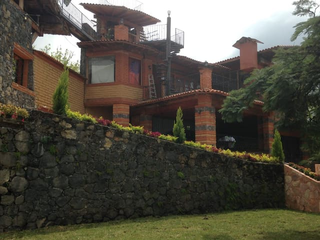 Bed & Breakfast Country House Ximena, Morelos