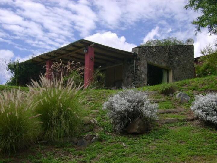 Acogedor Loft con Pileta, y excelente paisaje .