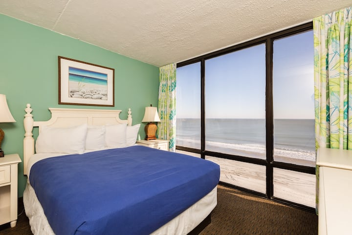 Beachfront Fun in Myrtle Beach - 1 BR at Schooner!