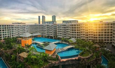 芭堤雅拉古娜三期最大泳池公寓