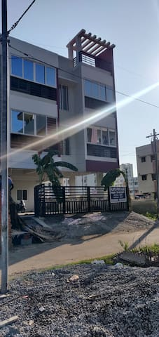 Entire 2BHK appt on Ecr Link road.