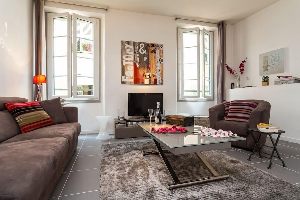 c ur vieux nice 5 plage 2 mn clim appartements louer nice provence alpes c te d 39 azur. Black Bedroom Furniture Sets. Home Design Ideas