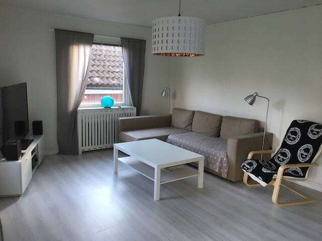 Ljus och fin villalägenhet - Gotemburgo - Villa