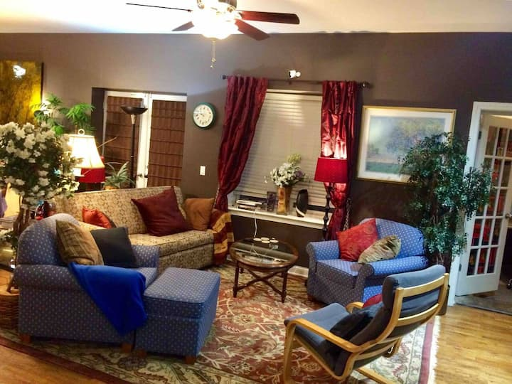 Entire 3Br2Ba or a Great Rooms for Long Term Stay