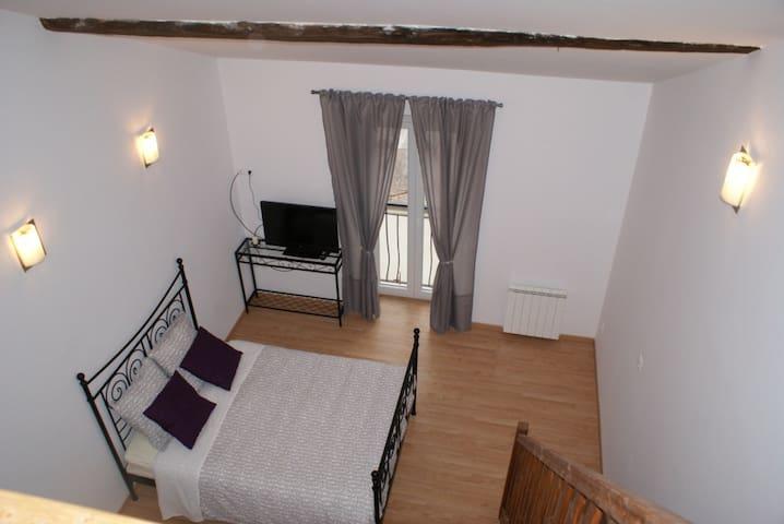 Chambre d'hotes familiale jusque 5p - Crézilles - Bed & Breakfast