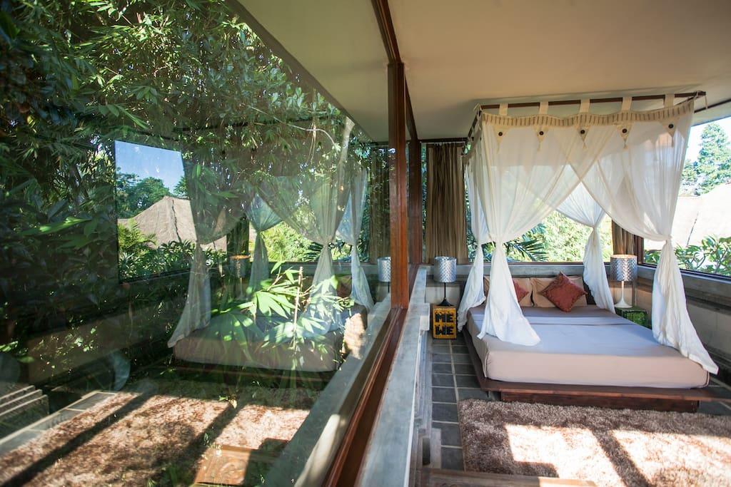Surprise Room in amazing Villa!