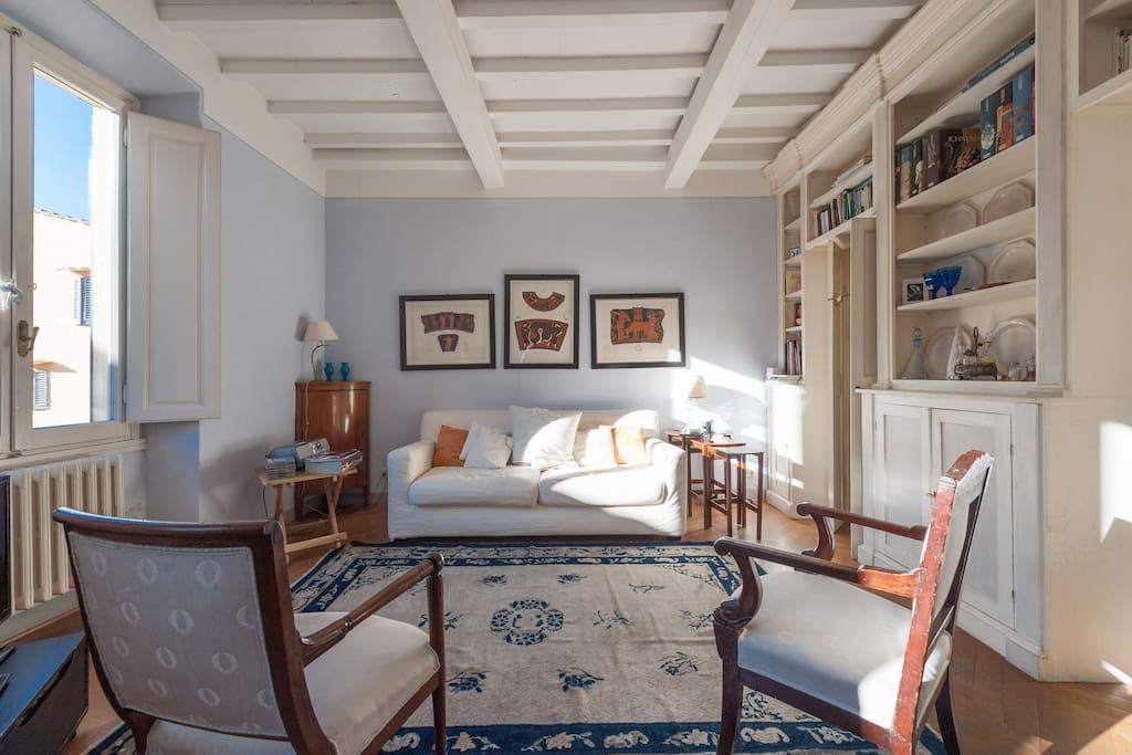 Costa san giorgio ponte vecchio appartement wifi for Louer chambre sans fenetre