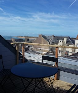 Appart ds ancien cinema avec balcon vue sur mer - Étel